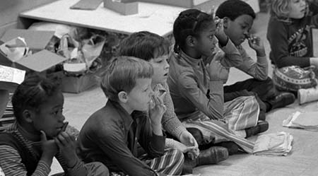 This is a 1973 photo of a mixed race first grade classroom in North Carolina.