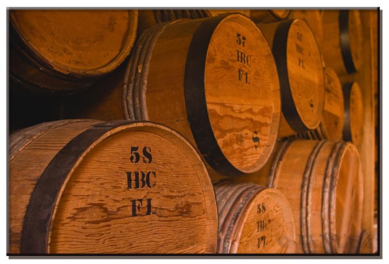 "<img typeof=""foaf:Image"" src=""http://statelibrarync.org/learnnc/sites/default/files/images/barrels.jpg"" width=""1024"" height=""695"" alt=""Barrels"" title=""Barrels"" />"