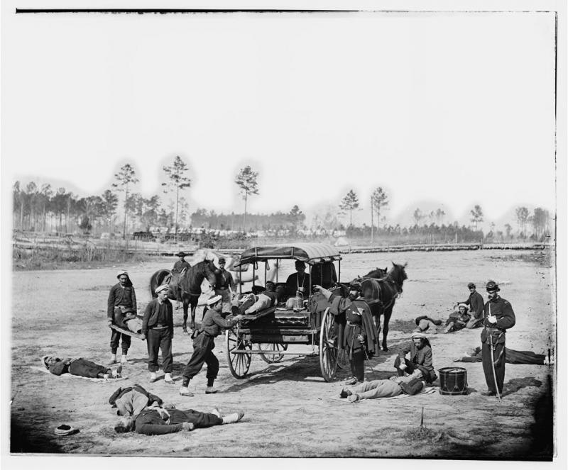 "<img typeof=""foaf:Image"" src=""http://statelibrarync.org/learnnc/sites/default/files/images/civilwarambulances.jpg"" width=""1024"" height=""848"" alt=""Civil War ambulance crew"" title=""Civil War ambulance crew"" />"