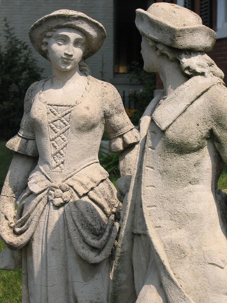 """<img typeof=""""foaf:Image"""" src=""""http://statelibrarync.org/learnnc/sites/default/files/images/couple_statue.jpg"""" width=""""768"""" height=""""1024"""" alt=""""Colonial couple statue"""" title=""""Colonial couple statue"""" />"""