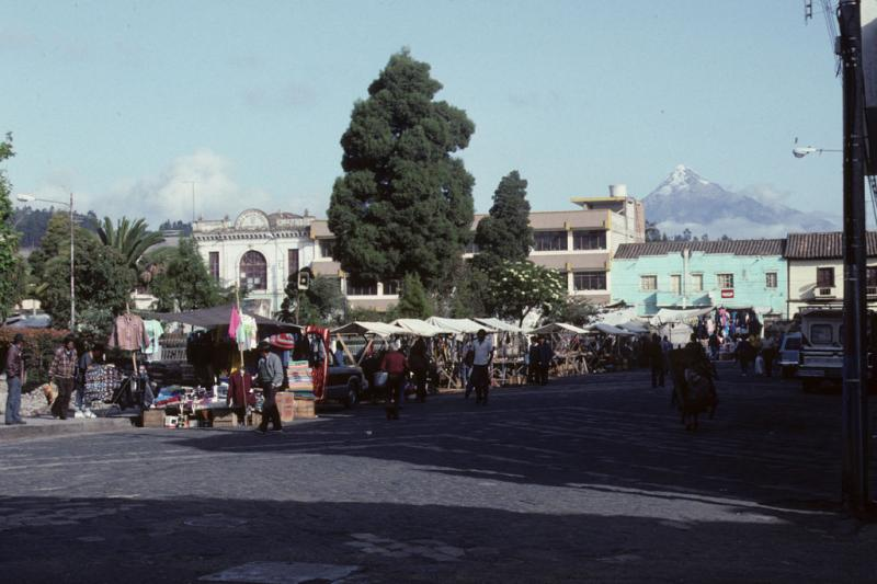 """<img typeof=""""foaf:Image"""" src=""""http://statelibrarync.org/learnnc/sites/default/files/images/ecuador_022.jpg"""" width=""""1024"""" height=""""682"""" alt=""""Market town with snow-capped peak in background"""" title=""""Market town with snow-capped peak in background"""" />"""
