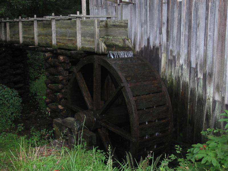 "<img typeof=""foaf:Image"" src=""http://statelibrarync.org/learnnc/sites/default/files/images/grist_mill.jpg"" width=""1024"" height=""768"" alt=""Grist mill"" title=""Grist mill"" />"