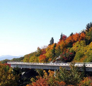 """<img typeof=""""foaf:Image"""" src=""""http://statelibrarync.org/learnnc/sites/default/files/images/linncove_viaduct.jpg"""" width=""""378"""" height=""""352"""" alt=""""Linn Cove Viaduct in autumn"""" title=""""Linn Cove Viaduct in autumn"""" />"""