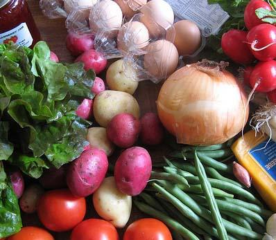 """<img typeof=""""foaf:Image"""" src=""""http://statelibrarync.org/learnnc/sites/default/files/images/market_haul_crop1.jpg"""" width=""""398"""" height=""""347"""" alt=""""Fresh foods from the market"""" title=""""Fresh foods from the market"""" />"""