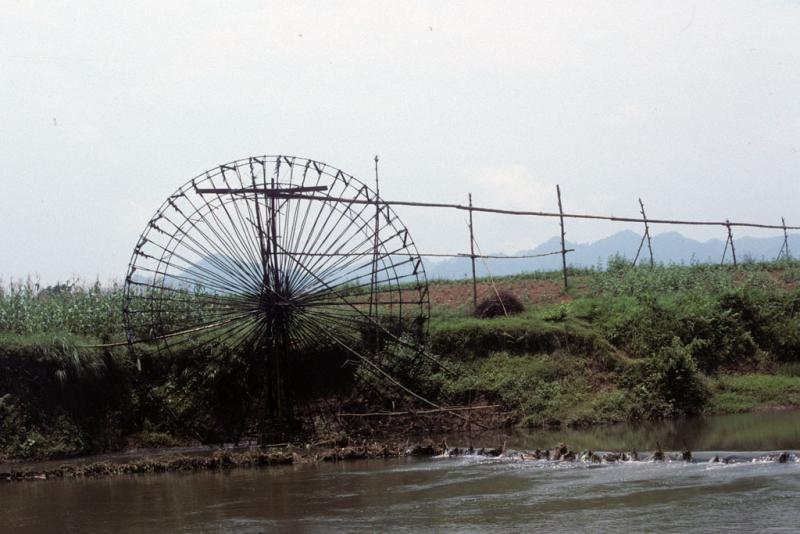 """<img typeof=""""foaf:Image"""" src=""""http://statelibrarync.org/learnnc/sites/default/files/images/vietnam_066.jpg"""" width=""""1024"""" height=""""683"""" alt=""""Bamboo water wheel irrigating rice fields at Mai Chau"""" title=""""Bamboo water wheel irrigating rice fields at Mai Chau"""" />"""