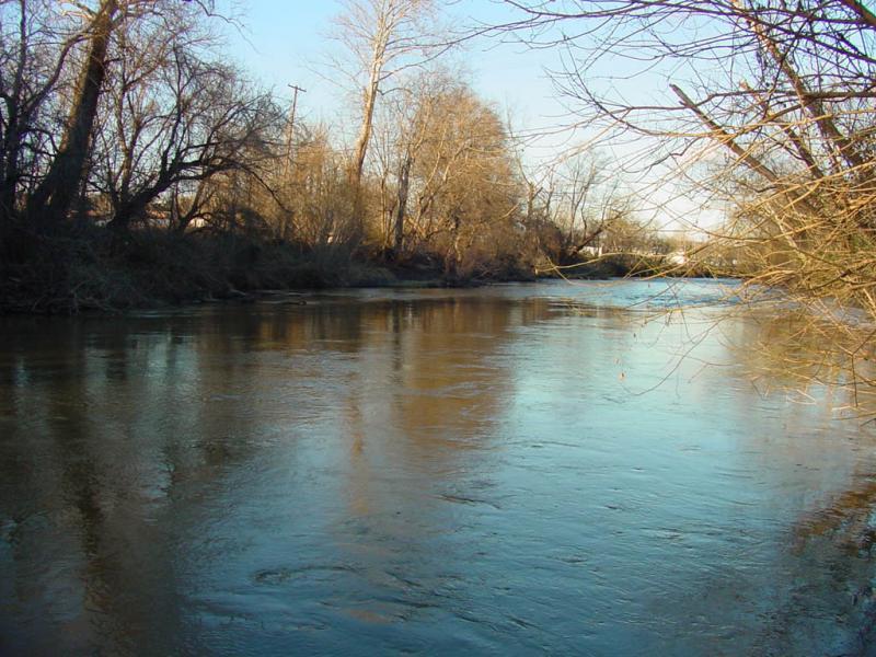 """<img typeof=""""foaf:Image"""" src=""""http://statelibrarync.org/learnnc/sites/default/files/images/yadkin.jpg"""" width=""""1024"""" height=""""768"""" alt=""""Yadkin River"""" title=""""Yadkin River"""" />"""