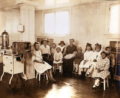 Free dental dispensary for school children, Erlanger Mills, Lexington, NC, Davidson County, October 1918. From the Dr. George M. Cooper Photograph Collection,North Carolina State Archives, call #:  PhC_41_161_4.