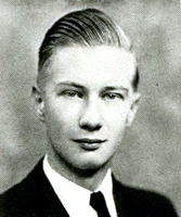 William S. Powell's 1940 college yearbook photo. Image from the University of North Carolina at Chapel Hill.