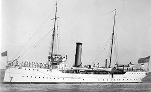 The USRC Seminole, circa 1900-1934. Image from the United States Coast Guard.