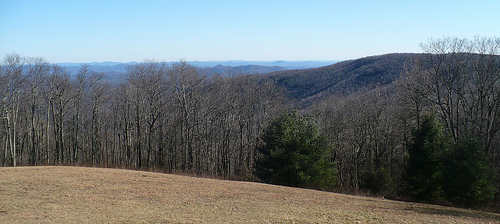 Overlook on the Blue Ridge Parkway, site where Brown Mountain Lights can be seen below. Image courtesy of Flickr user Dystopos, taken December 29, 2008.