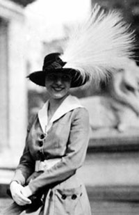 Image of a woman in a feather plume hat, circa 1900-1920s.  From the National Wildlife Refuge Assocation.