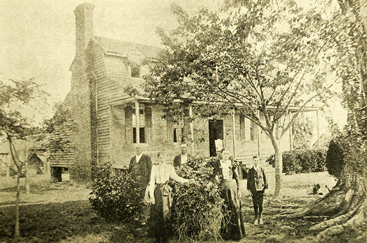 A photograph of Blount Hall, circa 1911. Image from Archive.org.