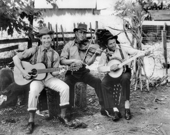Arthur Smith (right) with the Dixie Liners, ca. 1938. John Edwards Memorial Collection, Southern Folklife Collection, Wilson Library, UNC-Chapel Hill.