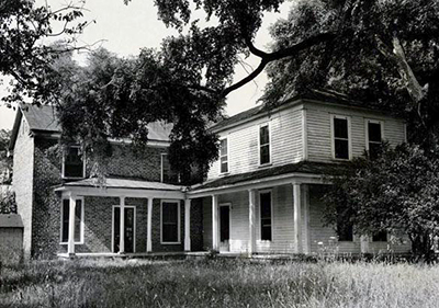 A 1954 photograph of the home of Gen. Joseph Dickson, near Mount Holly. Image from the North Carolina Museum of History.