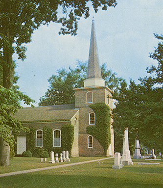 Postcard of St. Paul's Parish in Edenton. Image from the North Carolina Postcard Collection, North Carolina Collection, UNC-Chapel Hill.