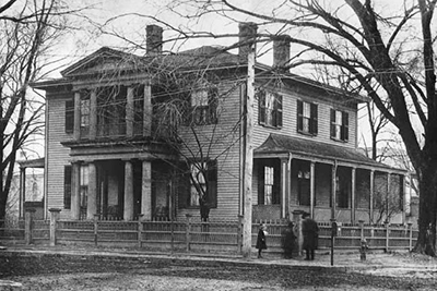 A 1906 photograph of William Woods Holden house in Raleigh. Image from the North Carolina Museum of History.
