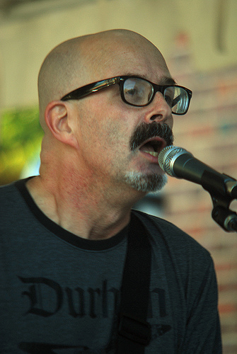 Peter Holsapple performing with the dB's in Chapel Hill, November 1, 2008. Image from Flickr user  Jeffrey L. Cohen.