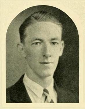 Senior portrait of James Hal Kemp, from the University of North Carolina yearbook <i>The Yackety Yack,</i> 1926, p. 40. Presented on DigitalNC.