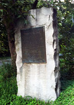 Image of Thomas Lloyd Memorial in Orange County, North Carolina. Courtesy of <i>Commemorative Landscapes of North Carolina</i>. Photo by Olivia S. Stoneman.