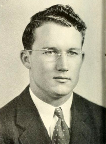 Senior portrait of David Alexander McLean, from the Davidson College yearbook <i>Quips and Cranks.</i>  Published 1940, Senior Class Publication of Davidson College, [Davidson, N.C.].  Used by permission, E. H. Little Library, Davidson College.