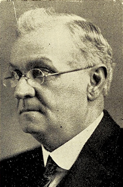 A photograph of Edwin Lee Middleton published in 1928. Image from the Internet Archive.