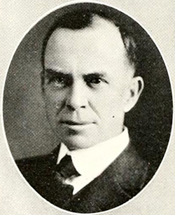 A photograph of professor C. Chilton Pearson from the 1921 Wake Forest College yearbook, The Howler. Image from DigitalNC / Wake Forest University.
