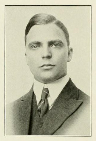 Senior portrait of Claiborne Thweatt Smith, from the University of North Carolina at Chapel Hill yearbook <i>The Yackety Yack</i>, 1915, p. 76.  Presented on DigitalNC.