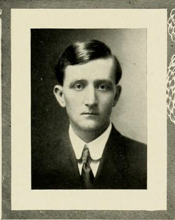 Senior portrait of Henry R. Totten, from the University of North Carolina yearbook <i>The Yackety Yack</i>, 1913.  Presented on DigitalNC.