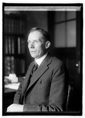 Photograph of Zebulon Weaver, circa 1921.  From the National Photo Company Collection, Library of Congress Prints & Photographs Online Collection.