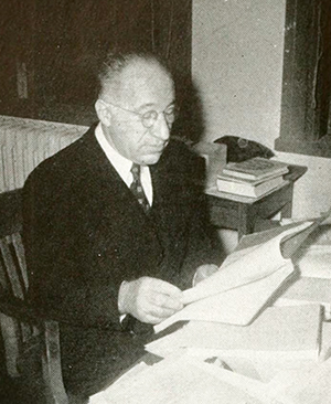 A photograph of Erich Walter Zimmerman from the 1942 University of North Carolina yearbook. Image from the Internet Archive.