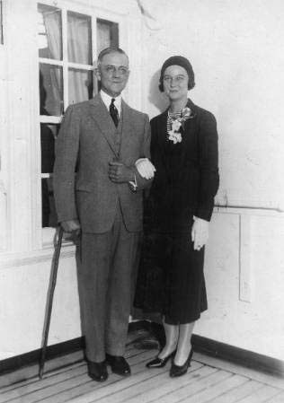 Robert Worth Bingham and Henrietta W. Bingham of Louisville, Kentucky, 1931. Image courtesy of the University of Louisville Photographic Archives.