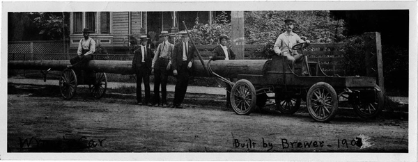 Photograph of the first truck, built by William Wynne in 1903.Courtesy of the NC Museum of History.