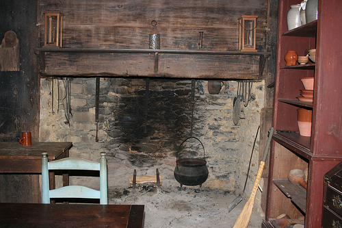 Kitchen at Allen House, Alamance County, N.C., where John and Rachel Allen lived with their family in the late 1700s.