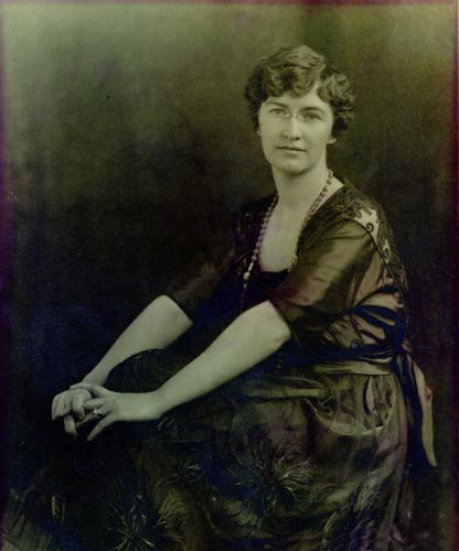 Gertrude Dills McKee. Image courtesy of Digital Heritage.