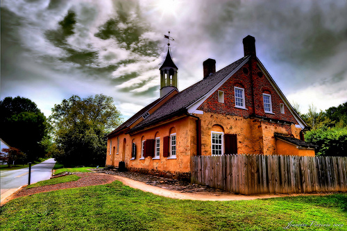 The 1788 Gemeinhaus in Historic Bethabara Park. Image courtesy of Flickr user Jeanette Runyon.