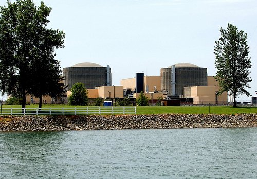 McGuire Nuclear Station, Unites 1 and 2, Huntersvilla, NC.  Courtesy: ©Duke Energy--McGuire Nuclear Station, Units 1 and 2.