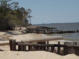 "Starkweather, Sarah. 2012. ""Outer Banks 4 - Roanoke Island"" Online at Flickr"