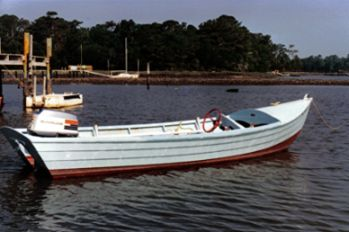 Simmons Sea Skiff, ca. 1950s. Image courtesy of Simmons Sea-Skiff.