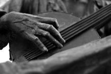 Banjo statue