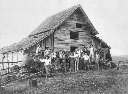 Wheat-threshing gang with their livestock and machinery, probably in Chatham County, July 1912. North Carolina Collection, University of North Carolina at Chapel Hill Library. Original photograph owned by H. T. Eddins of Durham.
