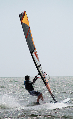 Windsurfer, Outerbanks, North Carolina, 2009. Image courtesy of Flickr user eskimo_jo.